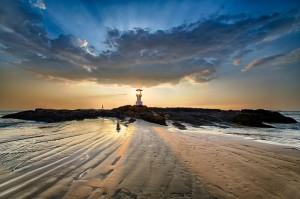 Khao-Lak-Beach-Lighthouse1-e1401361461621