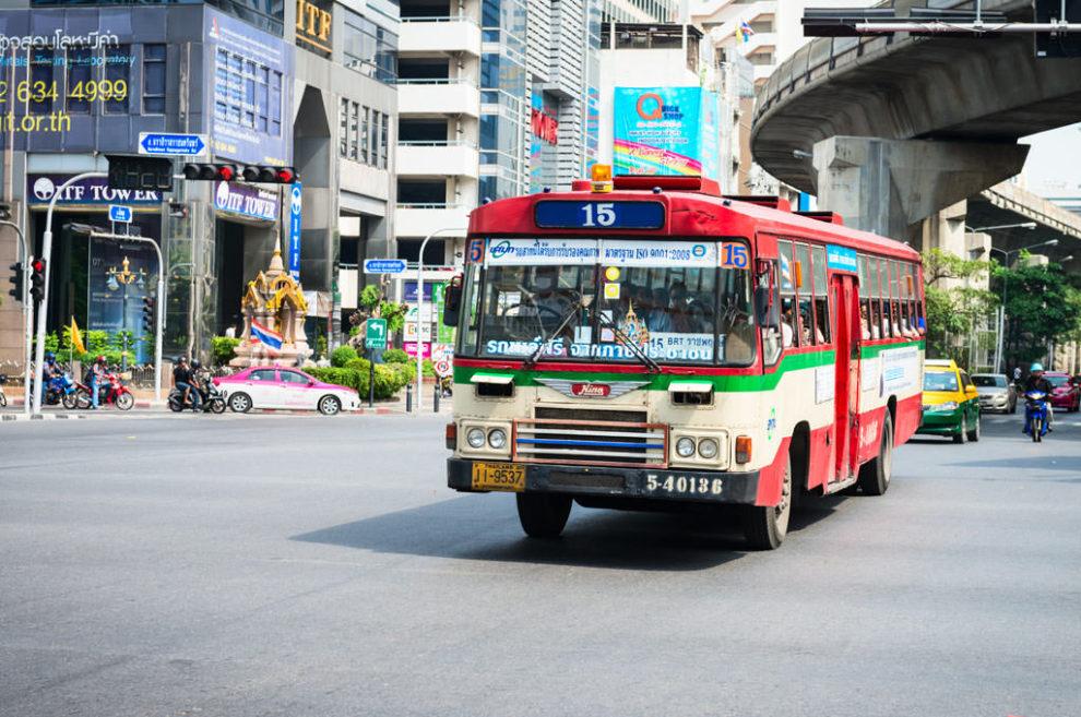 Bus à Bangkok - Cr. Bangkok.com