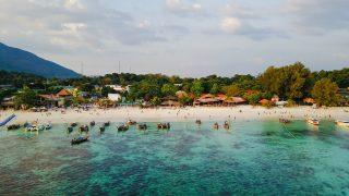 """Les touristes pourraient rester en Thaïlande jusqu'à neuf mois grâce au nouveau visa d'entrée """"Long stay"""""""