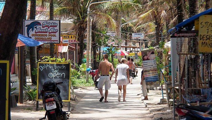 Thaïlande : Phuket prévoit de ramener des touristes vaccinés d'ici octobre, sans quarantaine