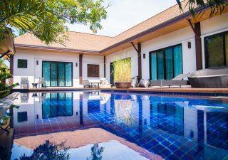 """Phuket se prépare à accueillir les premiers touristes pour la """"quarantaine en villas"""""""